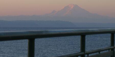 lever de Soleil sur Seattle vue mont Rainier