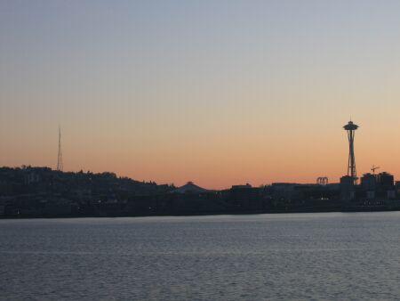 Lever de soleil sur Seattle direction Bainbridge